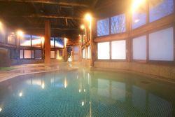 【次の長期休みは草津温泉で◎】カップルにおすすめな旅館10選