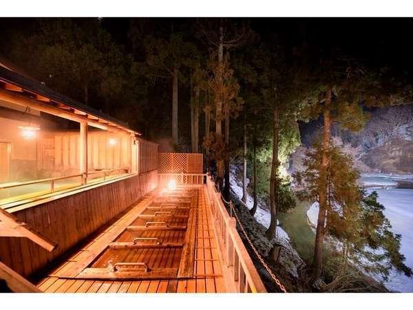 【銀山温泉】人気レトロ温泉街!ノスタルジーなおすすめ観光スポットの画像