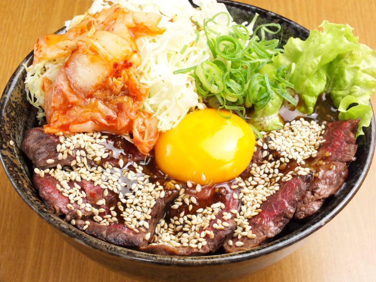 大阪で安くておいしいデカ盛りグルメ!お腹いっぱい間違いなし8選!の画像