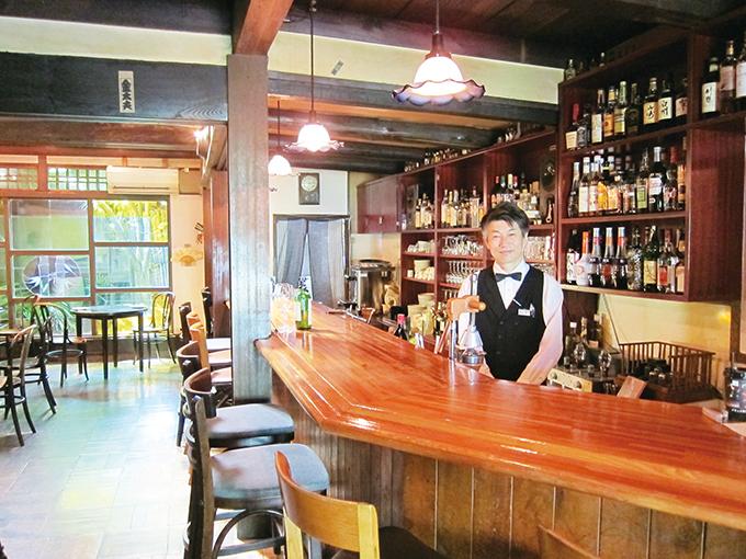 築140年の古民家を改装した店内でいただく「生ワイン」【天井桟敷】の画像