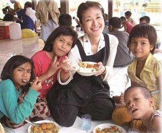 カンボジアで踏ん張る! 孤児を支援する岩田亮子さんが講演会 10/21の画像