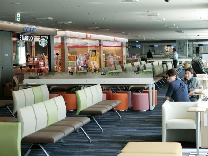 福岡空港の待合室などが充実。国内線ビル南側リニューアルの画像