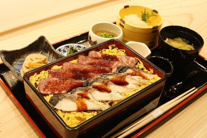 ライブ感重視! 「河太郎」が手掛ける日本料理店【割烹炉端 八喜多賀】の画像