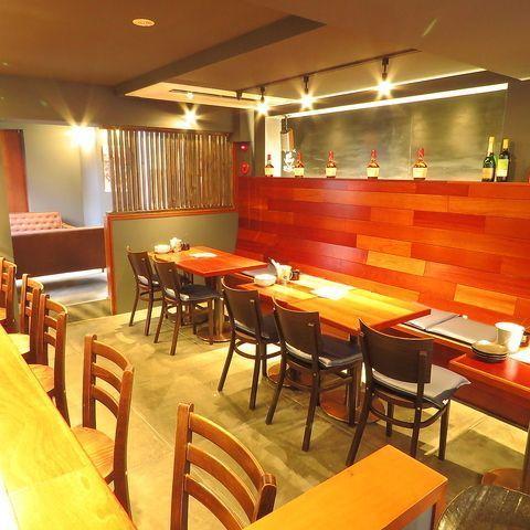 福岡で肉バルを楽しむ!女子会にも使える個室のある人気店4選の画像