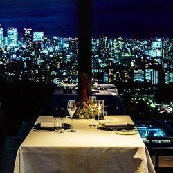 クリスマスディナーを都内の夜景が見えるレストランで!厳選したお店4選