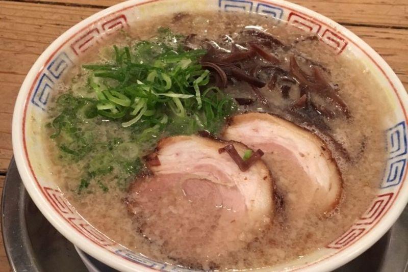 博多っ子直伝!激ウマ人気豚骨ラーメン店6選♪