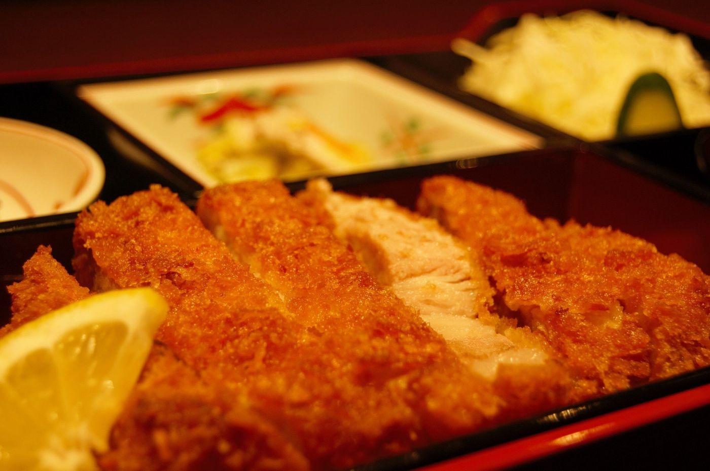 福岡でとんかつを食べる!エリアごとにおすすめのお店を紹介6選の画像