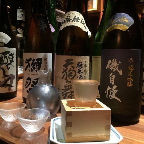 日本酒にこだわりを持つお店だけあって、「獺祭 純米大吟醸50」など質の高い日本酒を飲むことができます。また、九州から取り寄せた焼酎も本格的な鍋料理とよく合うので、ぜひお試しください!  【丸の内若どり】 住所:東京都千代田区丸の内1-6-4 丸の内OAZO6F 電話番号:03-5221-5231