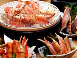 【横浜で絶品カニ料理】食べ放題から個室のお店まで10選ご紹介