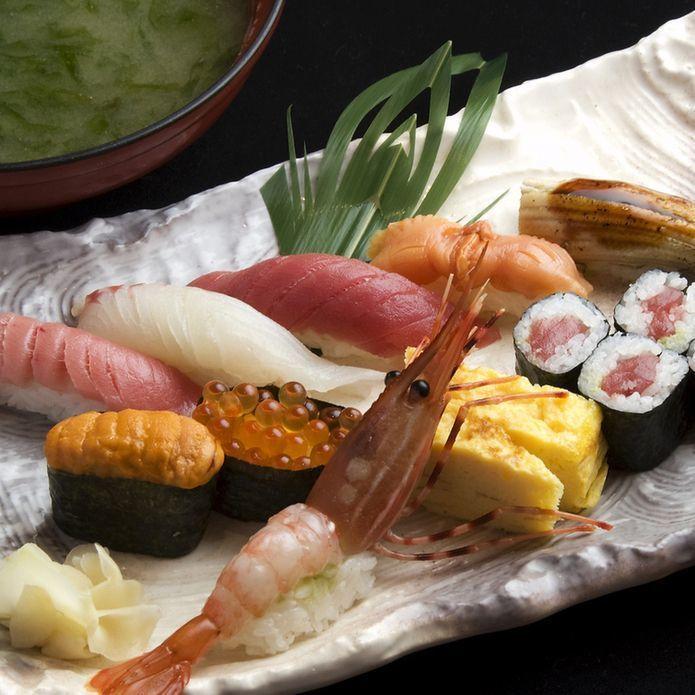 新宿で寿司をコスパ良く食べよう!食べ放題から高級店まで9選ご紹介の3枚目の画像の画像
