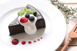 新宿のおすすめカフェでケーキを食べよう!甘党必見の特選10選!