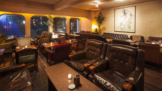 恵比寿 カフェ 夜景