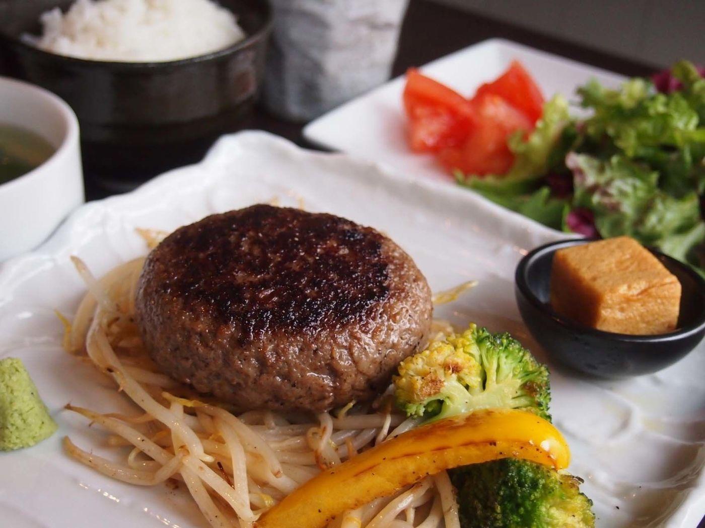 【上野】人気鉄板焼きで贅沢に!ステーキランチもお得なおすすめ7選の画像