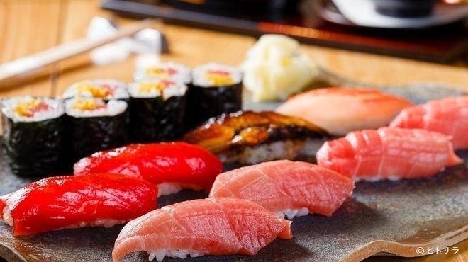 銀座のレストランで贅沢な食事を!ジャンル別おすすめ10選♪の画像