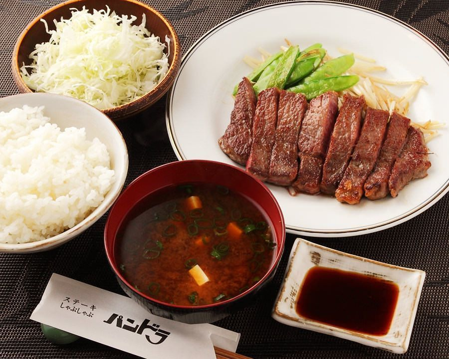 新宿で絶品ステーキランチを!平日や土日も安い価格帯で豪快に♡7選の画像
