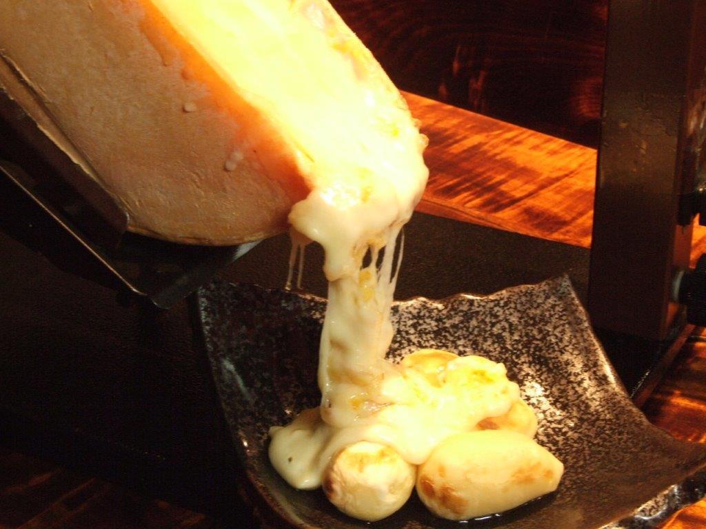 池袋でラクレットチーズを堪能しよう♡エリア別に厳選店を6選ご紹介の画像