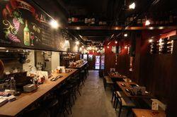 【新宿】がっつり肉バルへGO!個室から食べ放題までおすすめ7選