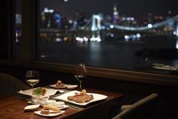 夜景を見ながら優雅にディナーを♪お台場のオススメ店4選!