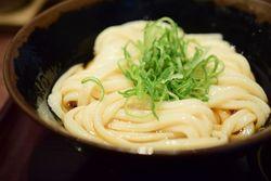 神田に来たら食べたい!こだわり個性派うどん【4選】