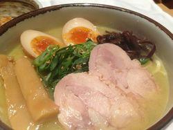 丸の内でラーメン食べるならここ!駅近のおすすめラーメン屋6選♪