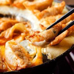 大満足間違いなし◎絶品餃子で一味違った横浜ディナーを♪