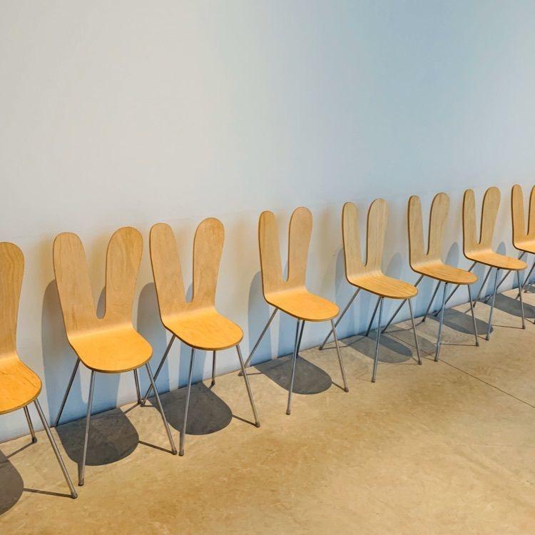 #21世紀美術館 #秋 #うさぎ椅子