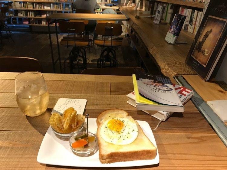 #森の図書室 #渋谷 #神泉 #カフェ #カフェ部 #喫茶店 #本 #東京 #東京グルメ #ジブリ #ラピュタ