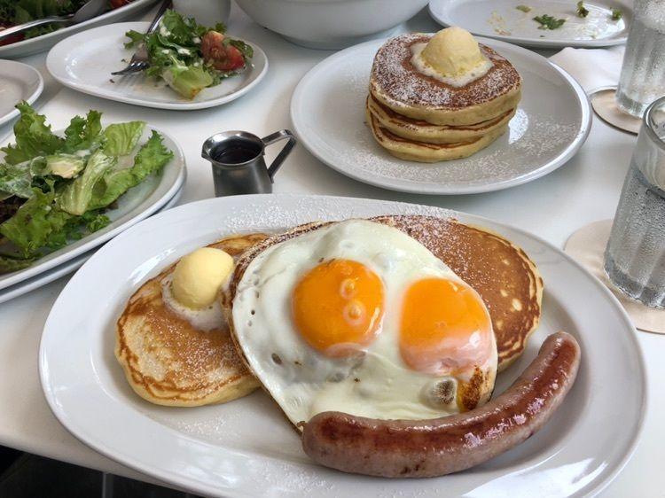 #グルメ #カフェ #朝食 #パンケーキ #スイーツ #東京グルメ #表参道 #表参道カフェ