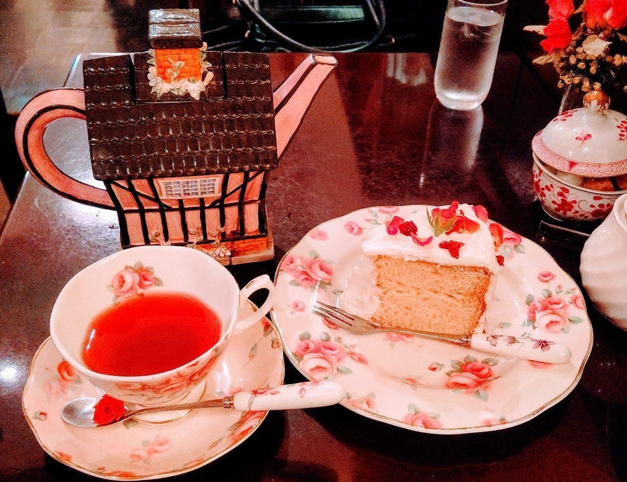 #グルメ #おでかけ #カフェ #ケーキ #紅茶 #薔薇 #ローズ #目白 #東京