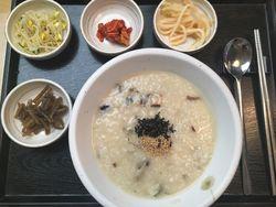 【ソウルの定番◎】グルメな街で食べたいおすすめ韓国料理3選!