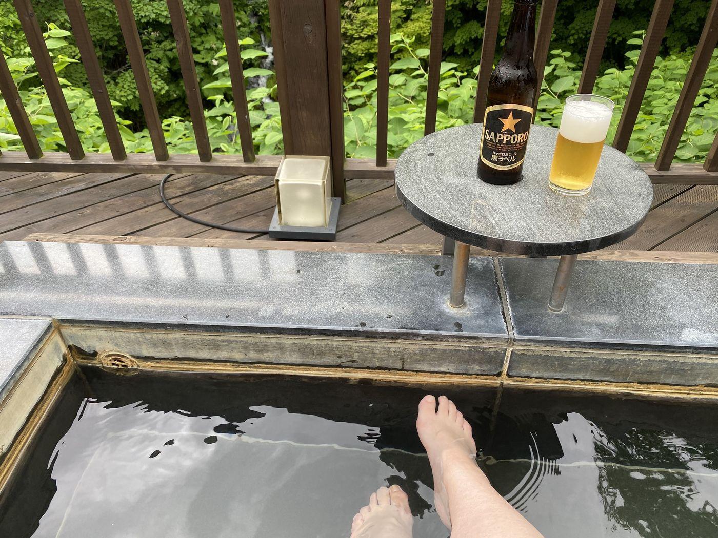 【ニセコ】客室露天風呂でリラックス!森の中の高級温泉宿「ニセコ昆布温泉 鶴雅別荘 杢の抄」の画像